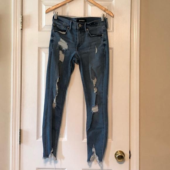 Destroyed skinny express jeans